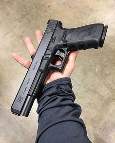 Glock 40 Having sore fingers from reloading your magazines? Military Weapons, Weapons Guns, Guns And Ammo, Military Brat, Zombie Weapons, Armas Wallpaper, Ps Wallpaper, Glock Guns, Armas Ninja
