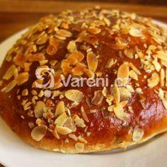 Fotografie receptu: Vypečený velikonoční mazanec I Foods, Doughnut, Ham, Muffin, Food And Drink, Bread, Cooking, Breakfast, Breads