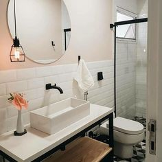 bathroom remodel beadboard is extremely important for your home. Whether you choose the bathroom ideas remodel or bathroom remodel shiplap, you will make the best upstairs bathroom remodel for your own life. Bad Inspiration, Decoration Inspiration, Bathroom Inspiration, Bathroom Layout, Bathroom Interior, Small Bathroom, Bathroom Ideas, Rental Bathroom, Parisian Bathroom