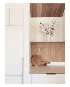 Kitchen Tiles, Kitchen Design, Painted Brick Exteriors, Caravan Renovation, Brick Colors, Splashback, Open Shelving, Country Kitchen, Kitchen Interior
