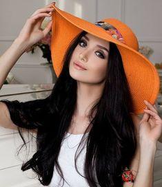 Hats For Women, Shadows, Beauty, Woman, Life, Fashion, Moda, Darkness, Fashion Styles
