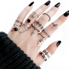 Jewlery Art Pleaese+be+noted+the+size+is+free+size+and+adjustable Jewelry+Plating:+Platinum Jewelry Gifts, Jewelery, Jewelry Accessories, Fashion Accessories, Jewelry Design, Hands With Rings, Friend Jewelry, Resin Ring, Sapphire Jewelry