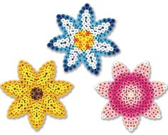 These fun daisies are so-o-o-o easy with the daisy pegboard! They make great coasters—why not make one for everyone in your family?