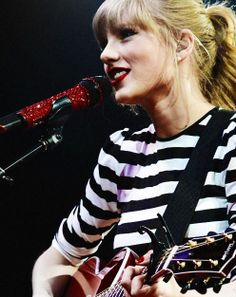 RED Tour b-stage <3