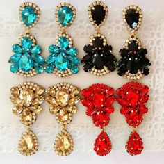 Pageant Earrings, Ornament Wreath, Diy And Crafts, Projects To Try, Fashion Accessories, Drop Earrings, How To Make, Handmade, Fashion Design