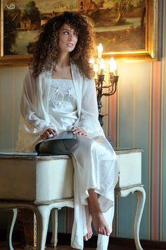 camicia da notte bianca