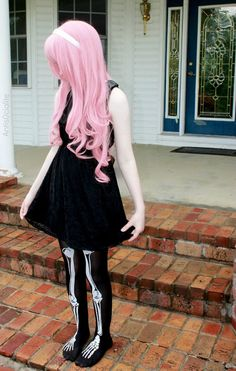 Pastel Goth Pink Hair Girl with Skeleton Leggings - http://ninjacosmico.com/12-ways-rock-pastel-goth-leggings/