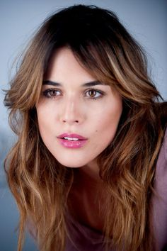 Adriana Ugarte Corte Y Color, New Haircuts, Brunette Girl, Woman Face, Hair Goals, Beauty Women, Hair Inspiration, My Hair, Makeup Looks