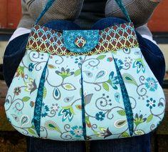 Classy Caitlyn Handbag Pattern