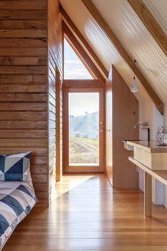 Gallery of JR's Hut at Kimo Estate / Anthony Hunt Design   Luke Stanley Architects - 7