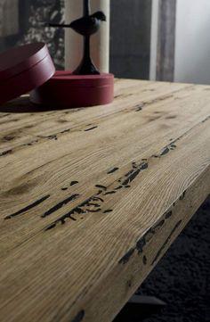 Venice's Briccole wooden table Cooper Briccole | milanomondo