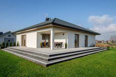 Lovely little single story modern home. Realizacja projektu Ariel by BIURO PROJEKTOWE MTM STYL