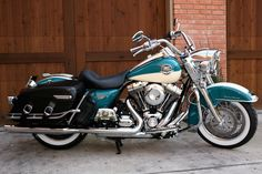 harley davidson road king parts Harley Davidson Engines, Harley Davidson Images, Harley Davidson Forum, Harley Davidson Trike, Triumph Motorcycles, Street Motorcycles, Vintage Motorcycles, West Coast Choppers, Road King Classic