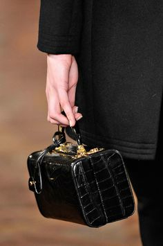 Ralph Lauren, fall 2012 #nyfw #runway #details #handbag
