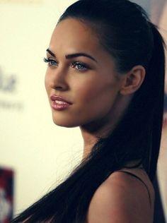 her makeup! stunning