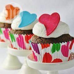 Cupcakes de chocolate con betún de Baileys® @ allrecipes.com.mx