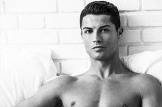 Here Are Some Athletes You Should Bone Instead Of Cristiano Ronaldo Cristiano Ronaldo, Athletic Men, Soccer Players, Future Husband, Eyebrows, Madrid, How To Look Better, Facial, Mens Fashion