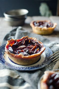 kiyoaki: (vía Sugar plum & wattleseed labne tarts (He Needs Food)) A Food, Food And Drink, Individual Pies, Aussie Food, Tart Filling, Sweet Tarts, Recipe Using, Tray Bakes, Food Processor Recipes