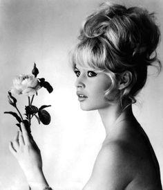 {Brigitte Bardot} updo + a rose :)