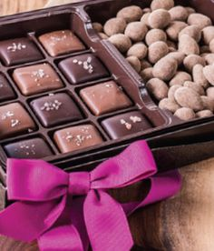 Dove Chocolate   Dove Chocolate Discoveries Review & Giveaway #DivaHolidayGiftGuide