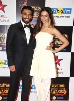 Ranveer Singh and Deepika at the red carpet of Big Star Entertainment Awards