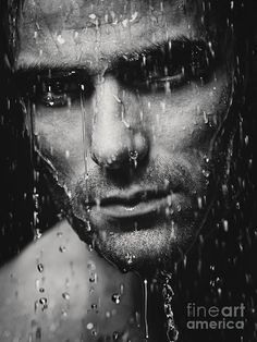 Dramatic Portrait Of Man Wet Face Black And White - photography - Photographie Shutter Photography, Splash Photography, Rain Photography, Portrait Photography, Black And White Portraits, Black And White Pictures, Black And White Photography, Portrait Studio, Wet And Wild
