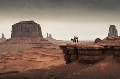 Does this image from The Lone Ranger look familiar? It's Monument Valley Navajo Tribal Park. Iconic westerns like The Searchers and How the West Was Won were also shot here. Westerns, Monument Valley, Into The West, Kino Film, The Lone Ranger, Stock Image, Le Far West, Filming Locations, Pirates Of The Caribbean