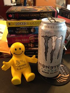 Maybe this Monster will help #Squidge get through all of these books?  @TheMrSquidge @JadeLeeAuthor Kathy Lyons