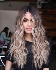 Love this ombre blonde and brown hair color. Great for long, short or even medium length hair #mystyle #2018