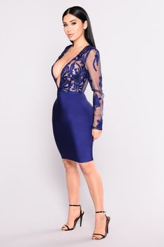 fdddb9eb6 Gabrielle Bandage Dress - Navy. Vestidos ...