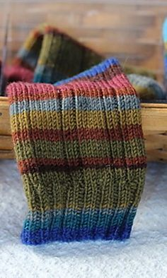 chili pepper socks- free pattern , Ravelry