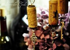 Cork decorations: to decorate wine bottles, christmas trees, kitchen decorations...