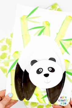 An adorable Panda Paper Craft for Kids with 3D elements. Kids will love its wobbly head that bounces from the page, making this craft fun and engaging from start to finish. This kids craft comes with a handy printable template that can be used at home or by teachers within the classroom #artycraftykids