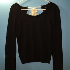 H&M Open back black sweater Open back that closes with a white ribbon H&M Sweaters Crew & Scoop Necks