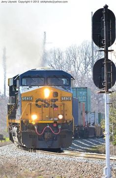 Leading a Intermodal train: CSX Engine No. 5438 moves towards the Cordele Diamonds
