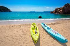 No te pierdas este fin de semana nuestras #aventuras en #kayak.  ¿A qué esperas para subirte en uno?
