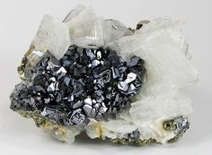 Galena PbS 2.CD.10   2: Sulfide, Selenide, Telluride, Arsenide, Antimonide, Bismutide, Sulfantien, Sulfantimonite, Sulfbismuthite usw.)  C: Metallsulfide, M: S = 1: 1 (und ähnlich)  D: Mit Sn, Pb, Hg, etc.