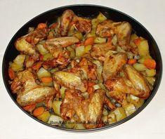 Aripioare de pui cu cartofi si morcovi la cuptor Romanian Food, Kung Pao Chicken, Cooking, Ethnic Recipes, Breads, Meals, Kitchens, Rezepte, Cucina