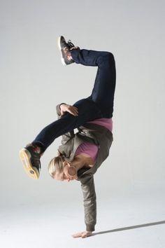 Anya Porter - Breakdancing yogi