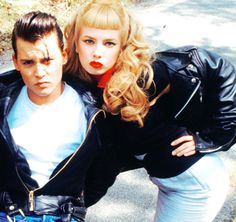 Johnny and Traci - Cry-Baby (1990)