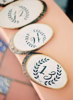 Tree slice table numbers! What an awesome idea!