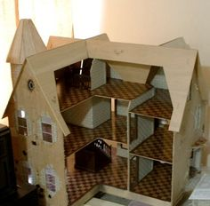 Dryfitting the Roof - The Garfield by S. Mehreen - Gallery - The Greenleaf Miniature Community