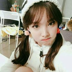 twice, nayeon, and kpop imageの画像 South Korean Girls, Korean Girl Groups, K Pop Idol, Fanfiction, Sana Momo, Chaeyoung Twice, Nayeon Twice, Im Nayeon, Hirai Momo