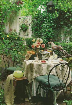 Hydrangea Hill Cottage: Dining Al Fresco II Outdoor Rooms, Outdoor Retreat, Outdoor Dining, Outdoor Gardens, Outdoor Decor, Fresco, Dream Garden, Home And Garden, Unique Cottages