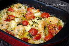 My cooking over my ideas .: Scampi with garlic, feta and cherry tomatoes . Shrimp Recipes, Fish Recipes, Pasta Recipes, Dinner Recipes, Cooking Recipes, Healthy Recipes, Feta, Food In French, Health Dinner