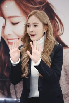 Jessica & Krystal, Jessica Lee, Krystal Jung, Kim Hyoyeon, Yoona, Stylish Outfits, Cute Outfits, Fashion Outfits, Jessica Jung Fashion