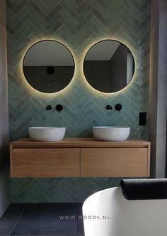Bathroom Inspiration, Bathroom Smells, Bathroom Organization Diy, Bathroom Shower Design, Bathroom Units, Rustic Bathroom Shelves, Glamorous Bathroom Decor, Bathroom Design, Modern Bathroom Decor