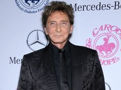 barry manilow 2015 photos | Barry Manilow (Photo: Bang Showbiz)