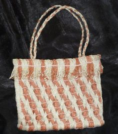 I use Maori weaving techniques, like muka work and raranga with harakeke. I am a felter using wool and silk to make felted work and dab Flax Weaving, Basket Weaving, Weaving Techniques, First Nations, Give It To Me, How To Make, Straw Bag, Reusable Tote Bags, Wool