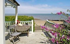 Awesome Dream Cottage with Ocean View : Fresh Outdoor Sitting Area Rustic Furniture Whitstable Cottage Unusual Wedding Venues, Wedding Venues Uk, Wedding Ideas, Wedding Ceremonies, Trendy Wedding, England Houses, England Beaches, Seaside Holidays, Dream Beach Houses